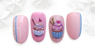Cute Hand-painted Cupcake Nails