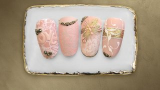 Jewelry-like nail art combined with stamping